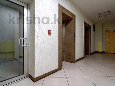 3-комнатная квартира, 120 м², 3/16 этаж, Снегина 97 — проспект Достык за 75 млн 〒 в Алматы, Медеуский р-н — фото 7