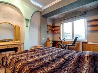 3-комнатная квартира, 120 м², 3/16 этаж, Снегина 97 — проспект Достык за 75 млн 〒 в Алматы, Медеуский р-н — фото 14
