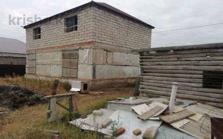 5-комнатный дом, 200 м², 10 сот., Сарадыр 39 за 7.7 млн 〒 в Кабанбае Батыра
