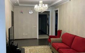 4-комнатная квартира, 90 м², 2/5 этаж помесячно, 7-й мкр 19 за 250 000 〒 в Актау, 7-й мкр