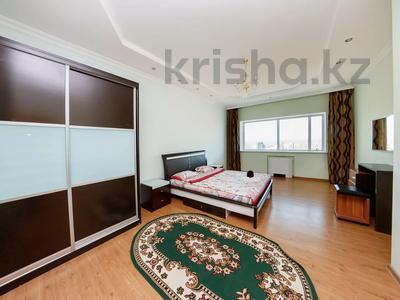 3-комнатная квартира, 120 м², 37 этаж посуточно, Достык 5/1 за 18 000 〒 в Нур-Султане (Астана), Есиль р-н — фото 3