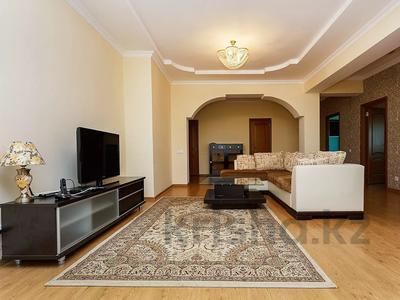 3-комнатная квартира, 120 м², 37 этаж посуточно, Достык 5/1 за 18 000 〒 в Нур-Султане (Астана), Есиль р-н — фото 2