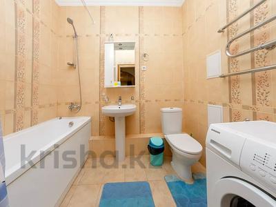 3-комнатная квартира, 120 м², 37 этаж посуточно, Достык 5/1 за 18 000 〒 в Нур-Султане (Астана), Есиль р-н — фото 6