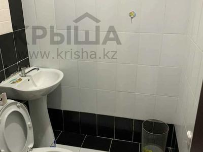 2-комнатная квартира, 80 м², 2/12 этаж, Кабанбай батыра 40 за 24 млн 〒 в Нур-Султане (Астана), Есиль р-н — фото 7