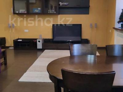 3-комнатная квартира, 85 м², 1/2 этаж, Жамбыла — Поспелова за 15 млн 〒 в Караганде, Казыбек би р-н — фото 2