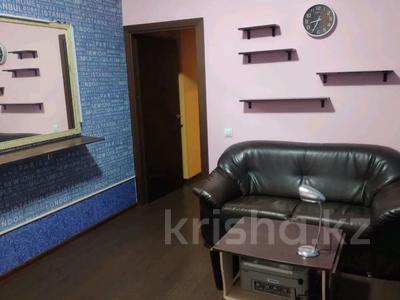 3-комнатная квартира, 85 м², 1/2 этаж, Жамбыла — Поспелова за 15 млн 〒 в Караганде, Казыбек би р-н — фото 10