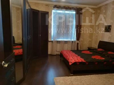 3-комнатная квартира, 85 м², 1/2 этаж, Жамбыла — Поспелова за 15 млн 〒 в Караганде, Казыбек би р-н — фото 12