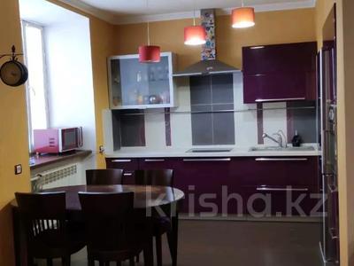 3-комнатная квартира, 85 м², 1/2 этаж, Жамбыла — Поспелова за 15 млн 〒 в Караганде, Казыбек би р-н — фото 36