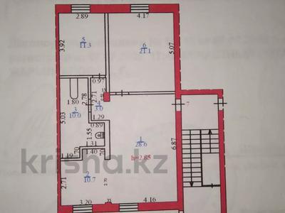 3-комнатная квартира, 85 м², 1/2 этаж, Жамбыла — Поспелова за 15 млн 〒 в Караганде, Казыбек би р-н — фото 44