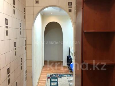 3-комнатная квартира, 58 м², 1/3 этаж, мкр Алтай-1, Мкр Алтай-1 за 17.5 млн 〒 в Алматы, Турксибский р-н — фото 9