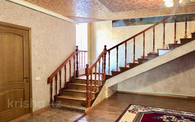6-комнатный дом, 353 м², 11 сот., Жибек Жолы 185 за 40 млн 〒 в Нур-Султане (Астана)