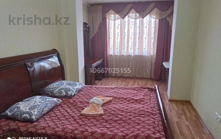 2-комнатная квартира, 60 м², 4/5 этаж посуточно, 7-й мкр 20 за 18 000 〒 в Актау, 7-й мкр