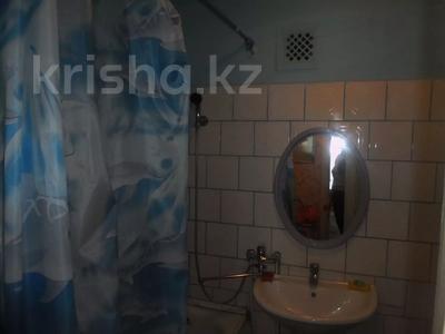 1-комнатная квартира, 40 м² посуточно, проспект Н.Назарбаева 209 — Евразия за 6 000 〒 в Уральске — фото 3