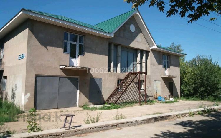 13-комнатный дом, 520 м², 10 сот., Енлик- Кебек 1/3 за 125 млн 〒 в Нур-Султане (Астана), Сарыарка р-н