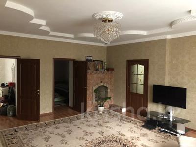 6-комнатный дом, 216 м², 6 сот., Черняховского 43 за 35 млн 〒 в Таразе