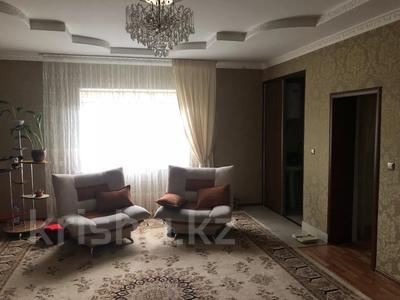 6-комнатный дом, 216 м², 6 сот., Черняховского 43 за 35 млн 〒 в Таразе — фото 2