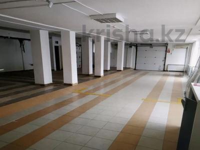 Магазин площадью 244.6 м², улица Момышулы 27 за 140 млн 〒 в Атырау — фото 4