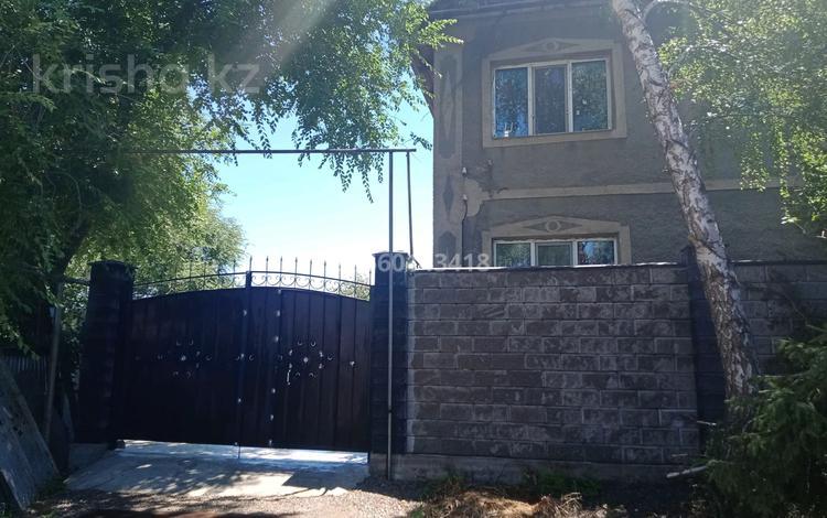 4-комнатный дом, 250 м², 5 сот., Айша биби 5 за 30 млн 〒 в Алматы, Турксибский р-н