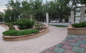 2-комнатная квартира, 87 м², 3/6 этаж помесячно, Проезд яблочный 7 за 800 000 〒 в Атырау
