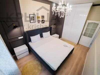2-комнатная квартира, 80 м², 8/25 этаж посуточно, Розыбакиева 247 за 20 000 〒 в Алматы, Бостандыкский р-н