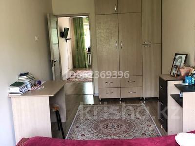 2-комнатная квартира, 42 м², 4/4 этаж, мкр Коктем-2 8 за 20 млн 〒 в Алматы, Бостандыкский р-н — фото 2