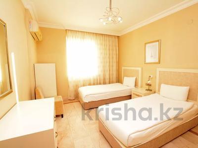 4-комнатная квартира, 140 м², 9/13 этаж, ул. Айдоган за ~ 64 млн 〒 в  — фото 40