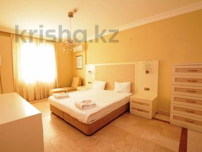 4-комнатная квартира, 140 м², 9/13 этаж, ул. Айдоган за ~ 64 млн 〒 в  — фото 42