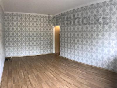 1-комнатная квартира, 40 м², 3/9 этаж, Толе би — Ауэзова за ~ 17 млн 〒 в Алматы, Алмалинский р-н — фото 3