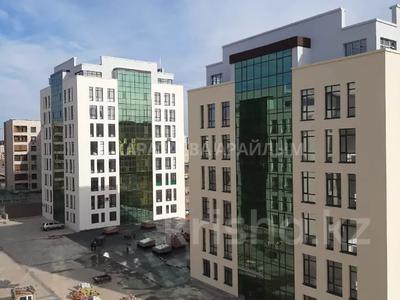 2-комнатная квартира, 60 м², 1/9 этаж, Кайыма Мухамедханова за 17.4 млн 〒 в Нур-Султане (Астана), Есиль р-н