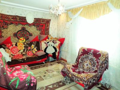 5-комнатный дом, 65 м², 10 сот., Захаренко 21/7 за 4.9 млн 〒 в Усть-Каменогорске