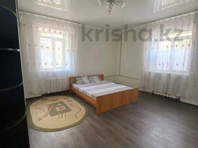 2-комнатная квартира, 40 м², 1/2 этаж посуточно, Караменде Би 40 за 7 000 〒 в Балхаше
