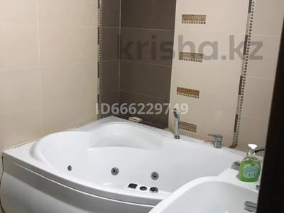 2-комнатная квартира, 90 м², 2/7 этаж, Кабанбай батыра — Сарайшик за 54 млн 〒 в Нур-Султане (Астане)