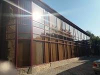 Здание, площадью 972 м²