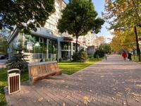 Здание, площадью 1213.9 м²