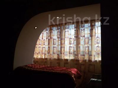 1-комнатная квартира, 35 м² посуточно, Партизанская — Мира за 3 500 〒 в Петропавловске — фото 9