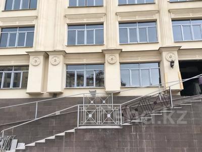 3-комнатная квартира, 100 м², мкр Юбилейный, Омаровой — Достык за 33.5 млн 〒 в Алматы, Медеуский р-н — фото 10