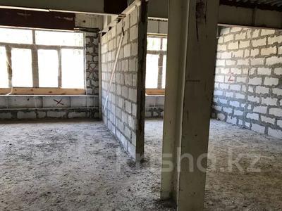 3-комнатная квартира, 100 м², мкр Юбилейный, Омаровой — Достык за 33.5 млн 〒 в Алматы, Медеуский р-н — фото 5