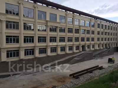 3-комнатная квартира, 100 м², мкр Юбилейный, Омаровой — Достык за 33.5 млн 〒 в Алматы, Медеуский р-н — фото 7