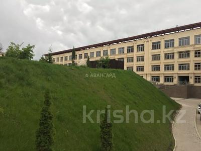 3-комнатная квартира, 100 м², мкр Юбилейный, Омаровой — Достык за 33.5 млн 〒 в Алматы, Медеуский р-н