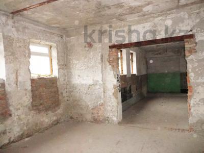 Здание, площадью 420 м², Мызы 1Е за 10.2 млн 〒 в Усть-Каменогорске — фото 12