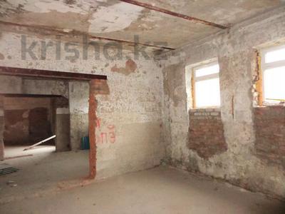Здание, площадью 420 м², Мызы 1Е за 10.2 млн 〒 в Усть-Каменогорске — фото 14