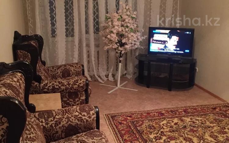 1-комнатная квартира, 32 м², 2/5 этаж посуточно, Авангард 2 мкр 14 за 8 000 〒 в Атырау