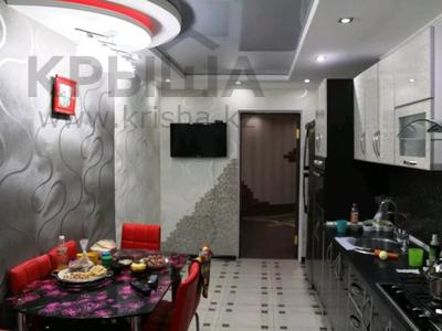 2-комнатная квартира, 80.1 м², 7/10 этаж, Набережная — Кунаева за 12 млн 〒 в Актобе, Старый город