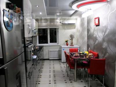 2-комнатная квартира, 80.1 м², 7/10 этаж, Набережная — Кунаева за 12 млн 〒 в Актобе, Старый город — фото 2