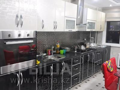 2-комнатная квартира, 80.1 м², 7/10 этаж, Набережная — Кунаева за 12 млн 〒 в Актобе, Старый город — фото 4