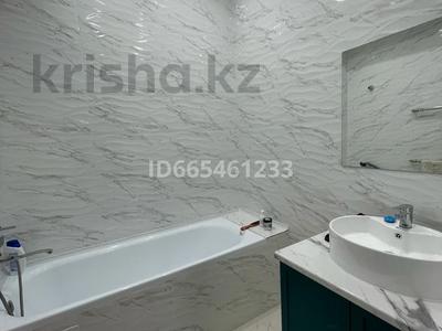 2-комнатная квартира, 72 м², 8/9 этаж, 17-й мкр 97 за 28.5 млн 〒 в Актау, 17-й мкр
