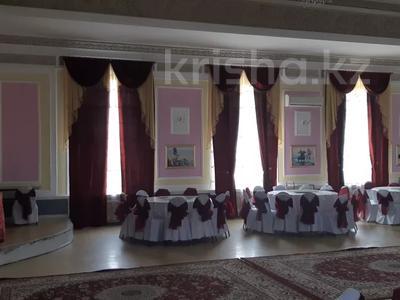 Здание, площадью 1445 м², Омарова 8 за 85.1 млн 〒 в Жезказгане — фото 5