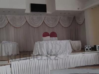 Здание, площадью 1445 м², Омарова 8 за 85.1 млн 〒 в Жезказгане — фото 6