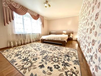 3-комнатная квартира, 98 м², 4/5 этаж посуточно, Козыбаева 39 — Гоголя за 12 000 〒 в Костанае — фото 5