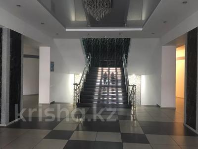 Офис площадью 1800 м², Ломова 21 за 2 900 〒 в Павлодаре